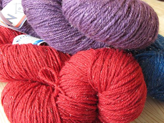 Kittenish Knitting : Yarn roundtable knitty deep fall