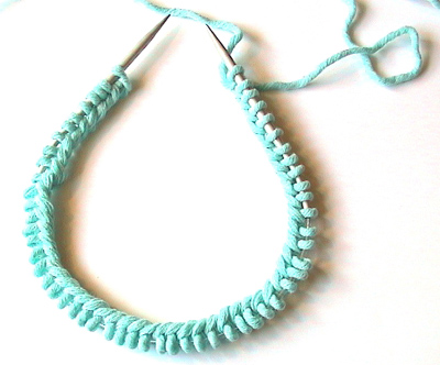 How To Connect Stitches On Circular Knitting Needles : knitty.com