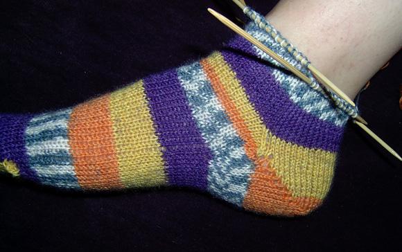 Knitting Pattern Sock Short Row Heel : Knitty: Socks 102 - Fall 2008
