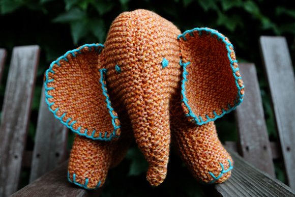 Flo The Elephant Stitches In Time Knitty First Fall 2010