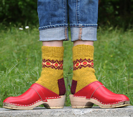 Solidago socks : First Fall 2013