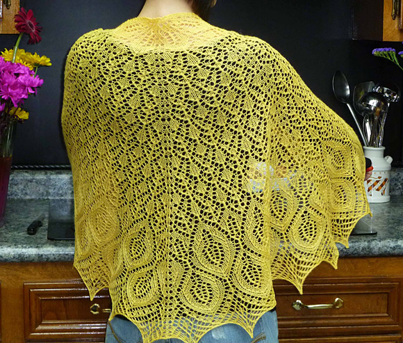 Knitting Patterns For Summer Shawls : Omelet shawl : Knitty Spring+Summer 2011