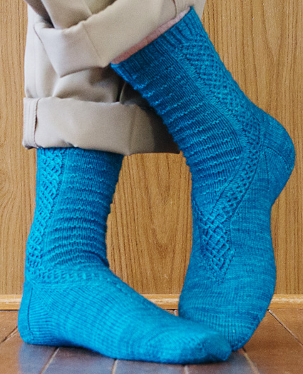 Knitty : Neldoreth sock: Spring+Summer 2014