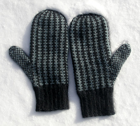 Knitting Pattern For Double Mittens : Gift Knitting Ideas knittyBlog