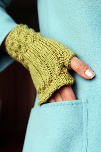 Over 100 Free Knitted Gloves And Mittens Knitting Patterns At