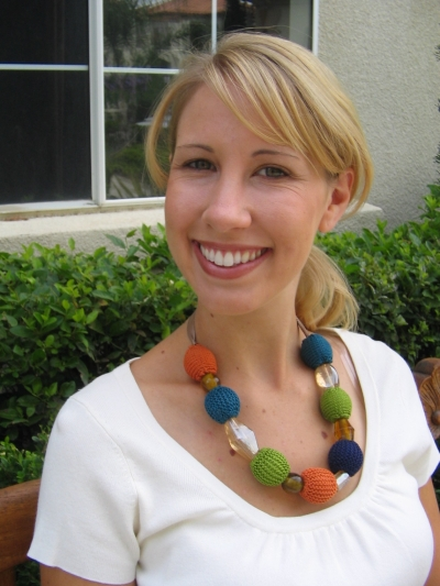 Julie Statement Necklace Free Knitting Pattern | Jewelry Knitting Patterns, many free patterns, at http://intheloopknitting.com/jewelry-knitting-patterns/