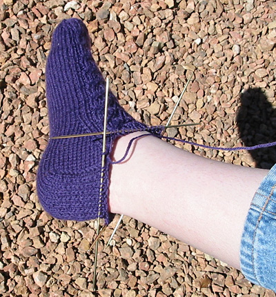 Ankle Sock Knitting Pattern : 2 Stitches: Socks: Serenity / Pyroclastic / Widdershins