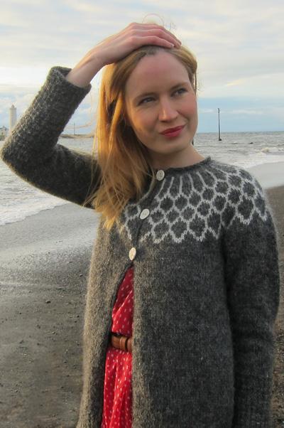 Alanna Nelson steeks knit Icelandic sweaters