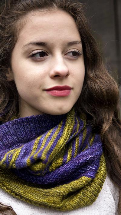 Mishigos cowl : Knitty.com - Winter 2015