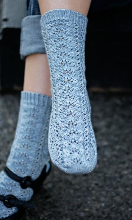Knitting Pattern Socks Toe Up : Grace sock : Knitty Winter bis 2011