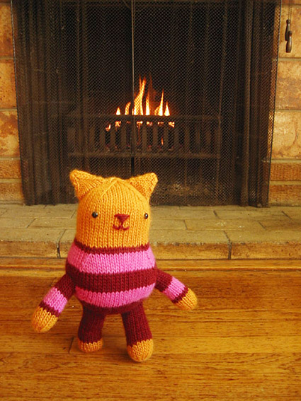 Knitty: Kate, the cat with britches