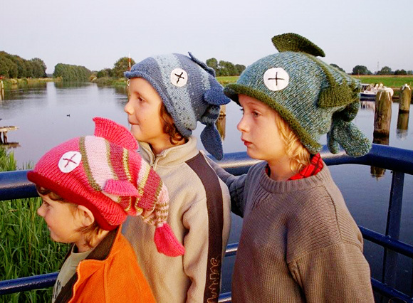 7b81f7e54dbba Knitty  Fish Hat - Winter 2008
